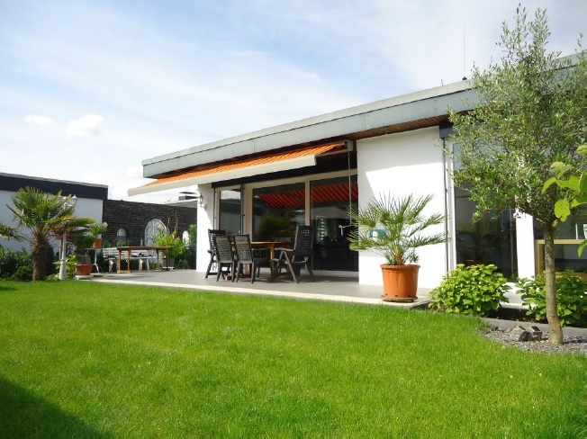 Bungalow In Kaarst 131 M Parlak Immobilien