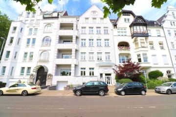 Atemberaubender Altbau mit traumhaftem Rheinblick!, 40545 Düsseldorf, Etagenwohnung