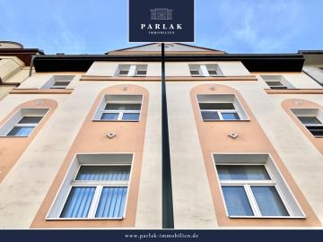 Saniertes Altbau-Mehrfamilienhaus mit Hinterhof-Lofts und Stellplätzen!, 40223 Düsseldorf, Haus zum Kauf