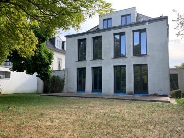 Einmalige Villa in prädestinierter Wohnlage!, 40237 Düsseldorf, Villa